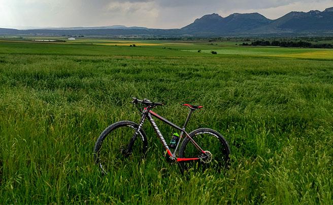 La foto del día en TodoMountainBike: 'Burgos verde'