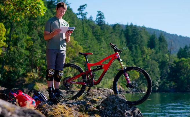 Rodando por los senderos de la isla de Vancouver con Jeff Kendall-Weed