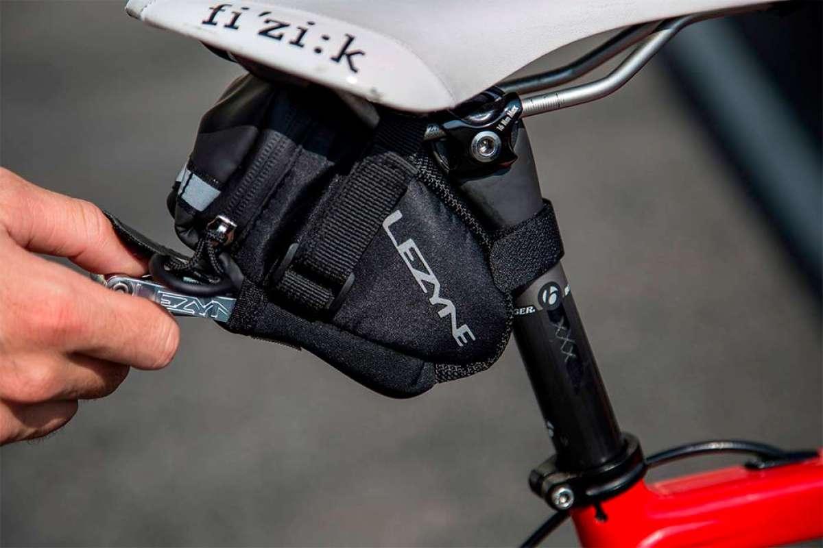 En TodoMountainBike: ¿Qué tiene que llevar un ciclista en cada salida? Los ocho imprescindibles