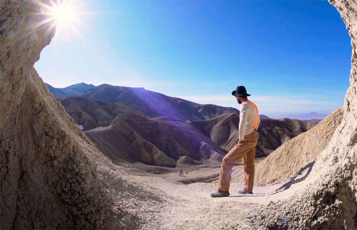 En TodoMountainBike: El desierto, una mina, y un minero algo loco: aprendiendo técnica con Kirt Voreis