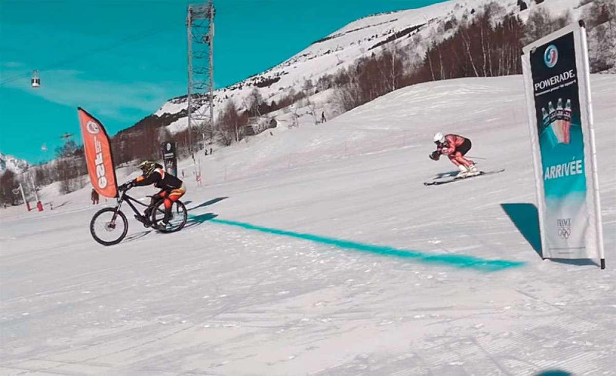 Freeride en la estación de esquí de Les Deux Alpes con Aurélien Fontenoy