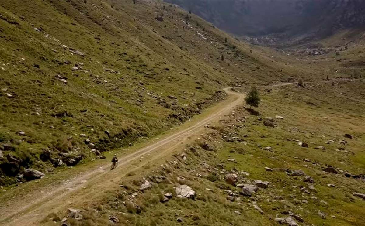 En TodoMountainBike: Aventura de tres días en Andorra con Svein Tuft y su Scott Addict Gravel