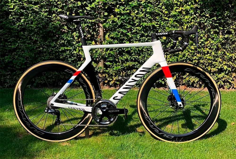 En TodoMountainBike: Las tres bicicletas con las que Mathieu van der Poel se ha convertido en tricampeón de Holanda