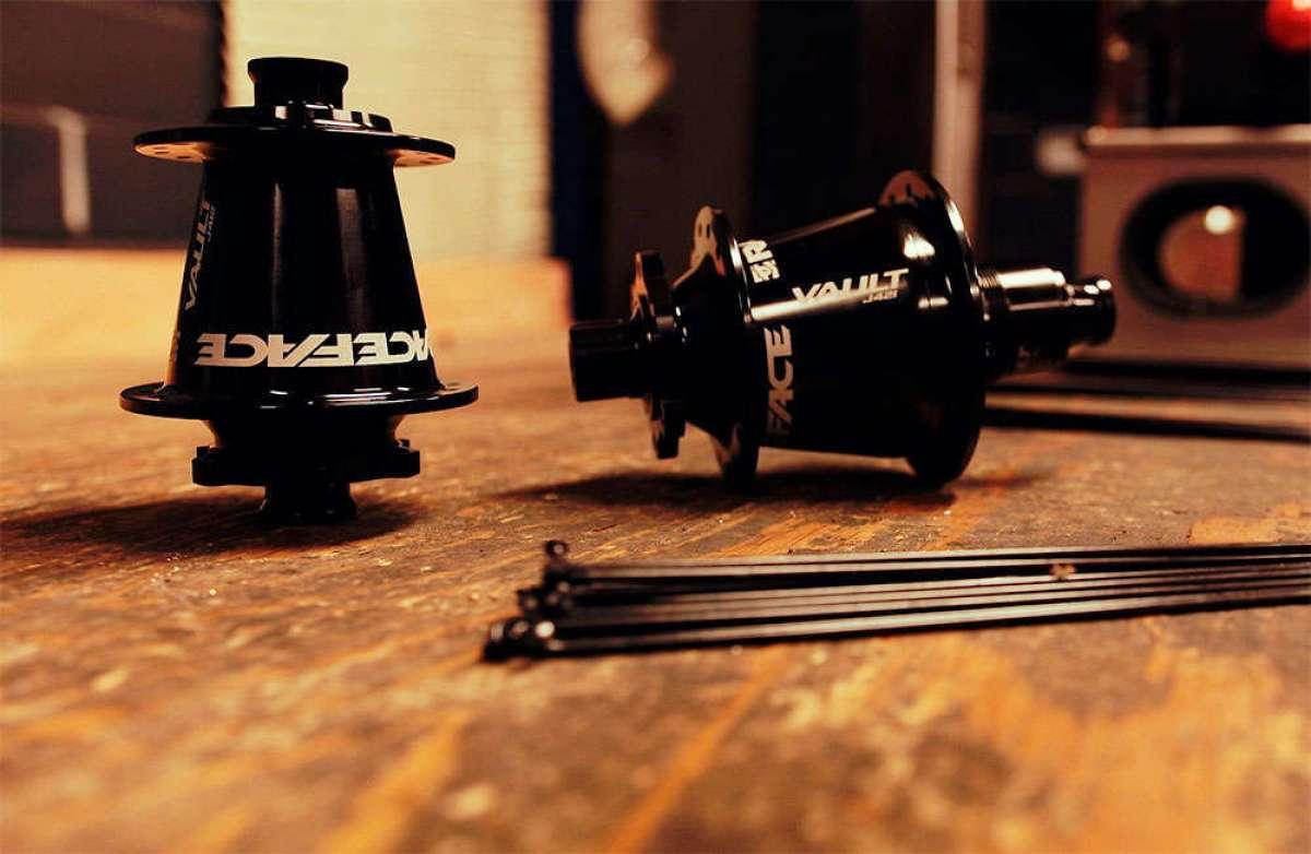 Race Face Vault J-Bend, bujes de alto rendimiento para montajes personalizados de ruedas