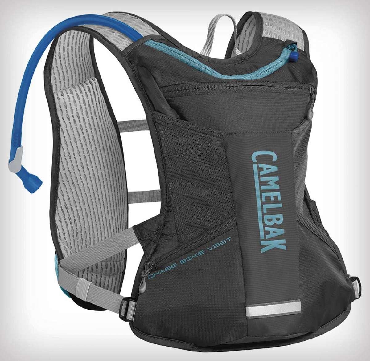 El Chase Bike Vest, el chaleco de hidratación de Camelbak, recibe una versión femenina