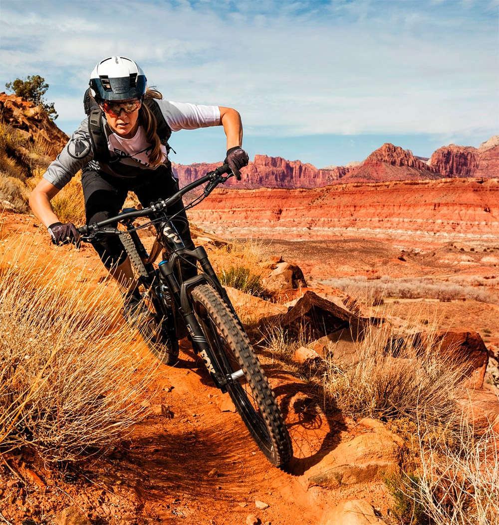 ABUS MonTrailer, un casco de All Mountain diseñado para proteger a ciclistas de ambos sexos