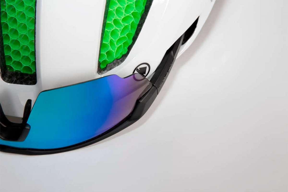 Endura Pro SL, un casco aerodinámico y ligero con núcleo integrado de Koroyd