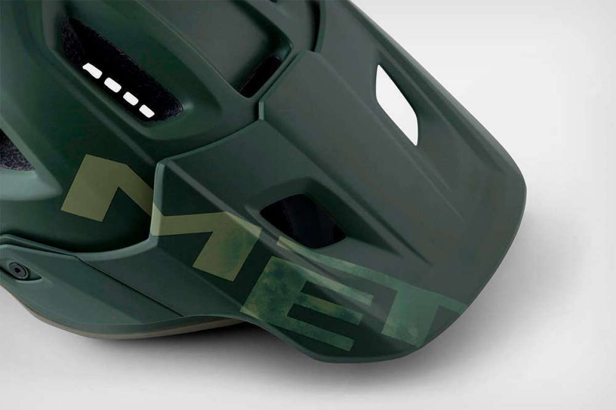 En TodoMountainBike: MET Roam Sherwood, un casco con una llamativa estética militarizada en edición limitada