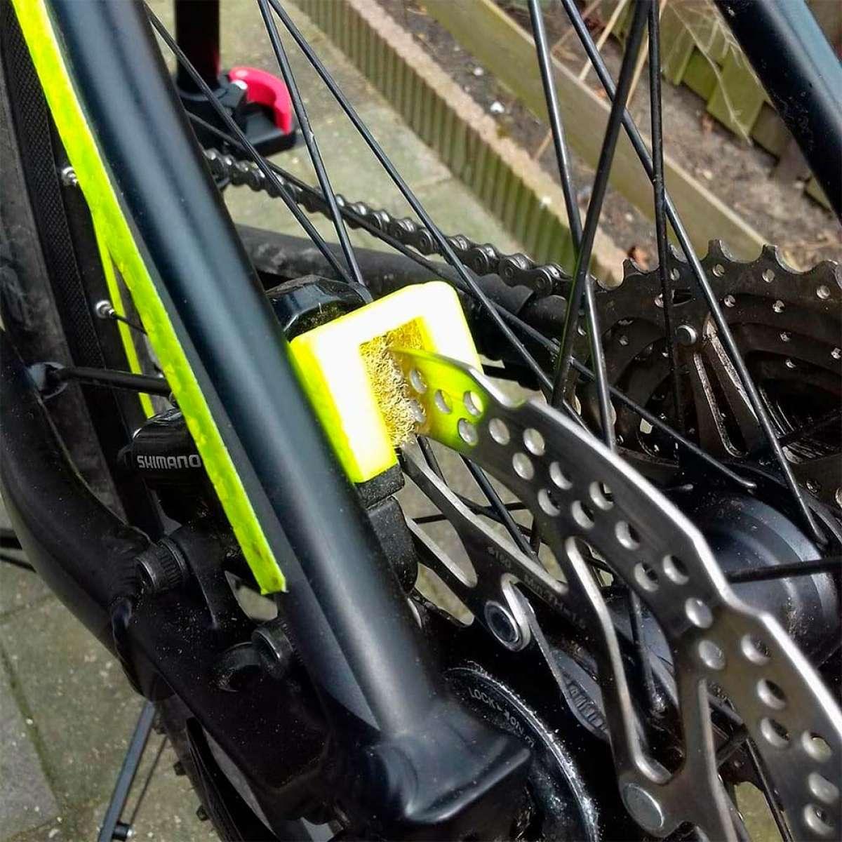 Brake Protec, un cepillo metálico para mejorar el rendimiento de los frenos de disco