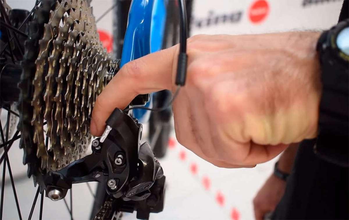¿Cómo ajustar un desviador trasero con el cable de cambio roto? Biking Point tiene la respuesta