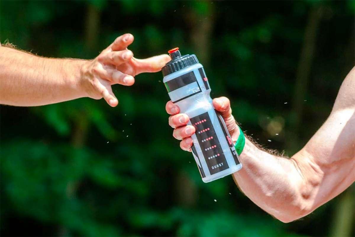 ¿Cuánto hay que beber durante una salida ciclista? La tasa de sudoración tiene la respuesta