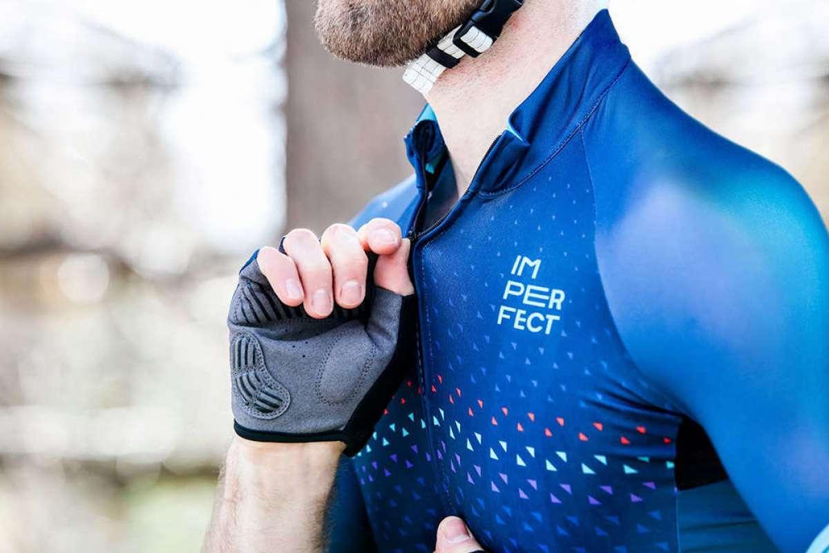 Deporvillage lanza al mercado su propia marca de ropa ciclista: Imperfect