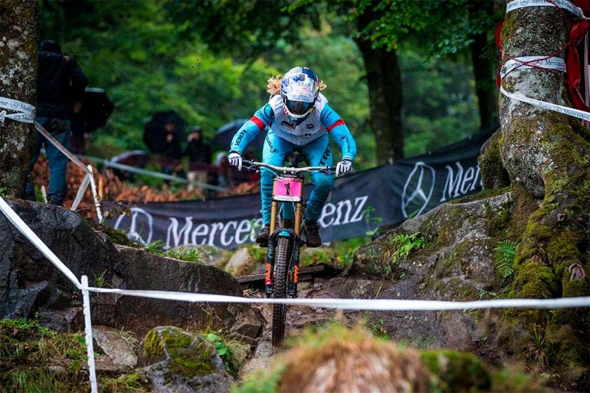 El descenso ganador de Rachel Atherton en la final de la Copa del Mundo DHI 2018 de La Bresse