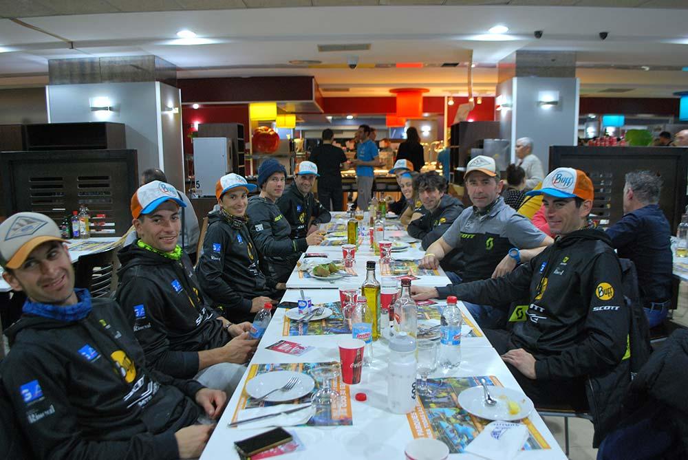 En TodoMountainBike: Un día en las carreras con el Buff-Scott MTB Team