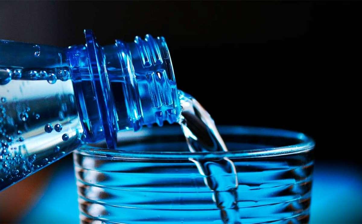 ¿Qué sucede en el cuerpo de un ciclista cuando hay deshidratación?