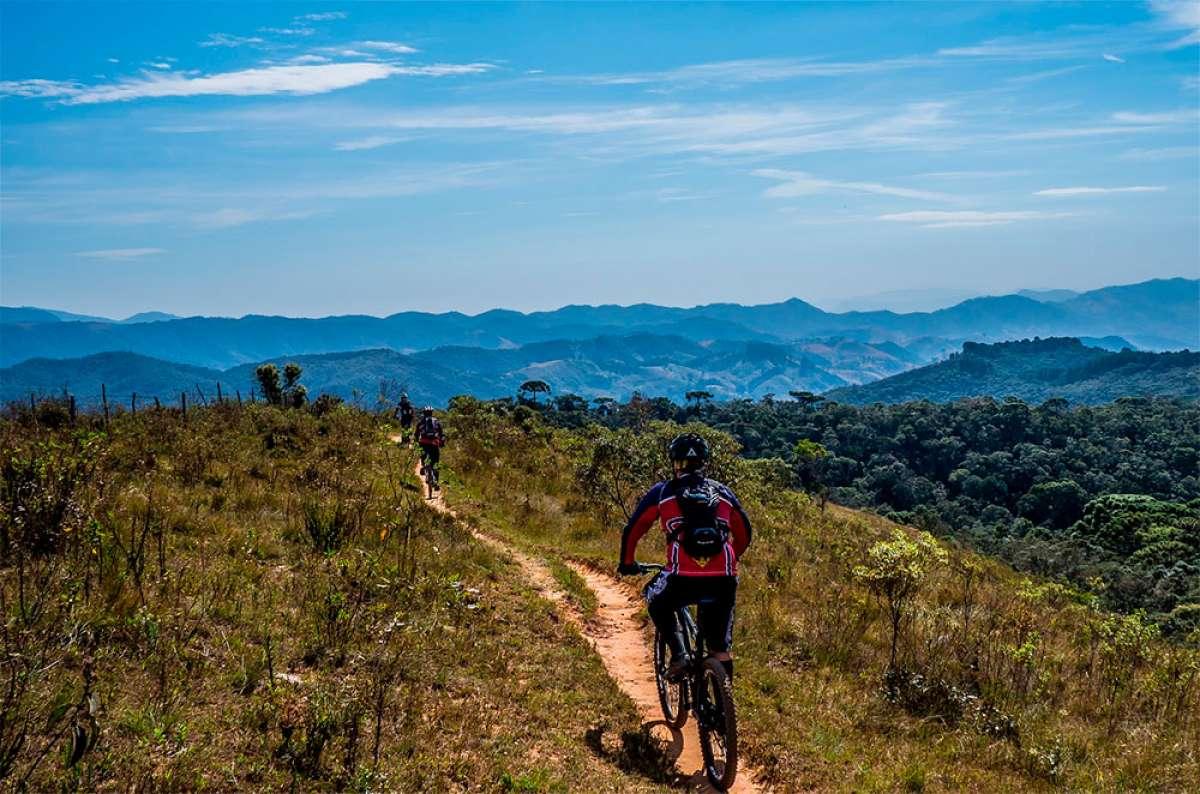 En TodoMountainBike: En forma sobre la bicicleta a partir de los 40: lo que hay que saber