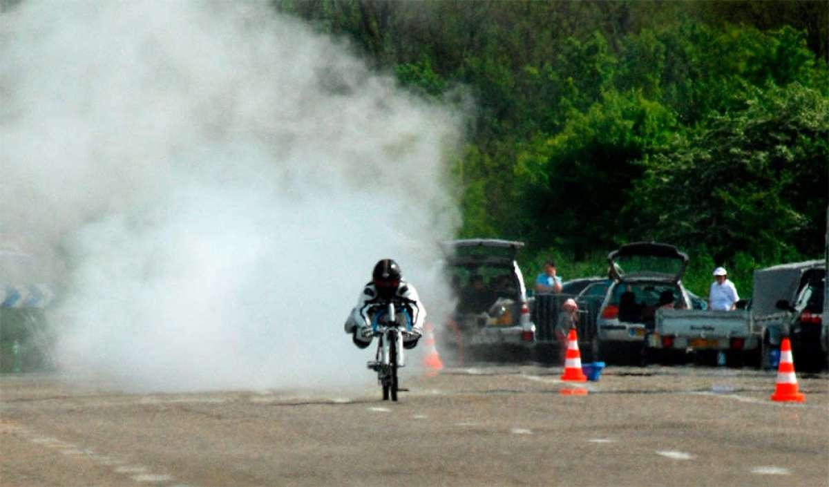 En TodoMountainBike: Fallece en accidente François Gissy, récord del mundo de velocidad sobre una bicicleta autopropulsada