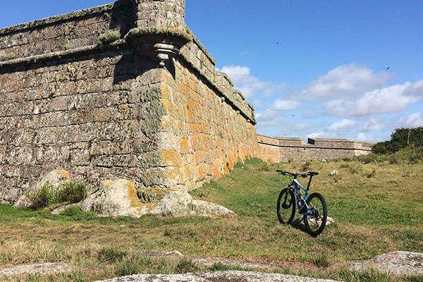 La foto del día en TodoMountainBike: 'Fortaleza en el Parque Nacional de Santa Teresa'