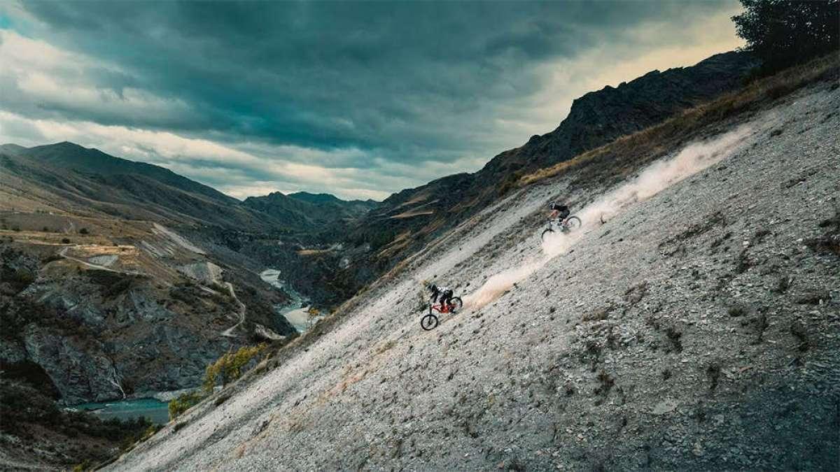 Freeride sobre pedales en Nueva Zelanda con Antoine Buffart y Olivier Cuvet