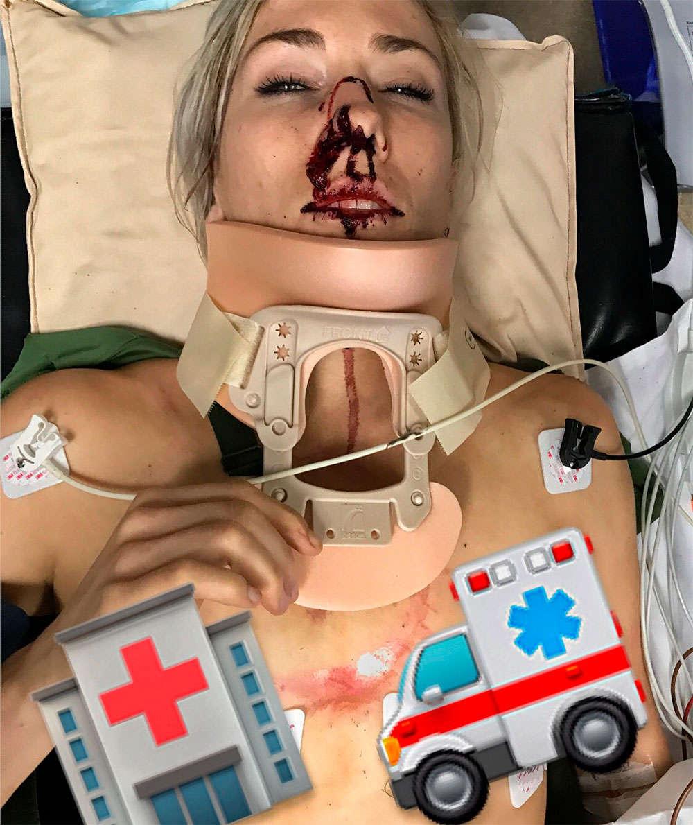 Caroline Buchanan, la campeona del mundo de Four Cross, sufre un grave accidente de tráfico