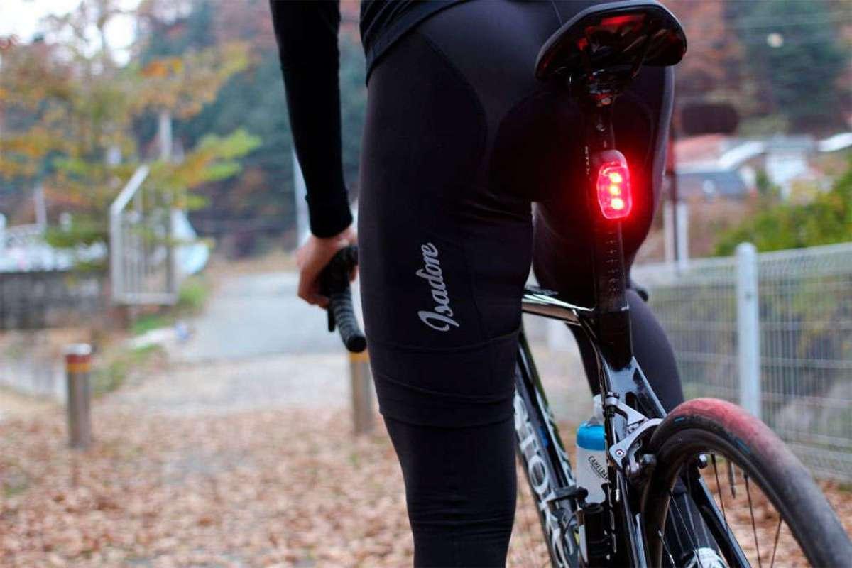 La DGT responde: las luces parpadeantes para bicicletas estarán permitidas de ahora en adelante