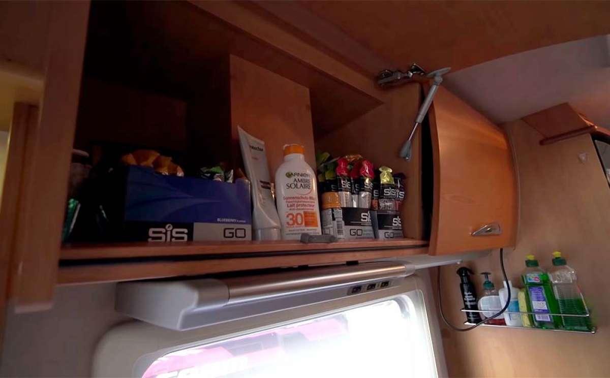 Así es por dentro el autobús de apoyo del equipo Canyon//SRAM Racing