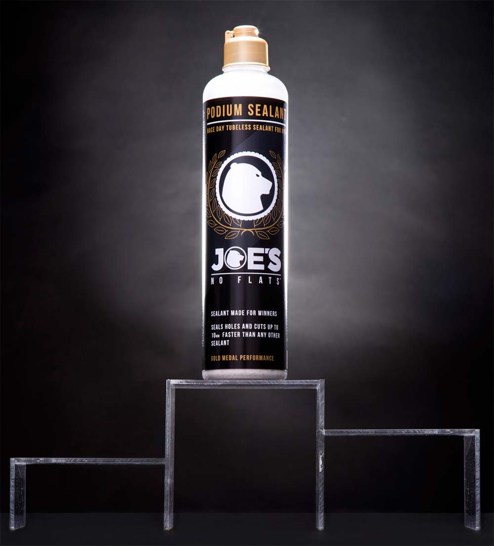 Joe's No Flat Podium, el líquido sellante más rápido (en sellar) del planeta