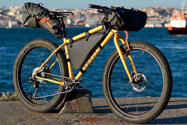 Nordest Sardinha, una bicicleta aventurera con geometría moderna y cuadro indestructible de acero
