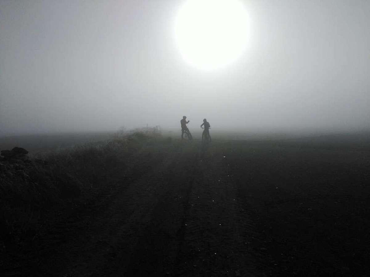 En TodoMountainBike: La foto del día en TodoMountainBike: 'En busca de la senda'