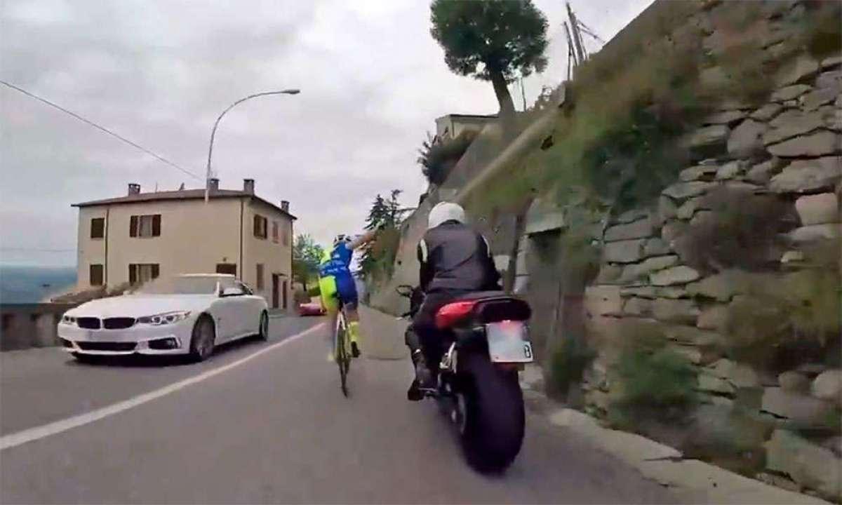 Lección de lo que no se debe hacer sobre dos ruedas a cargo de un motorista y un ciclista