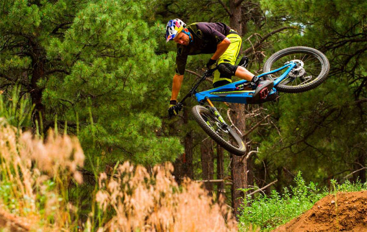 Pivot Shuttle, una agresiva e-MTB exclusiva para el mercado europeo