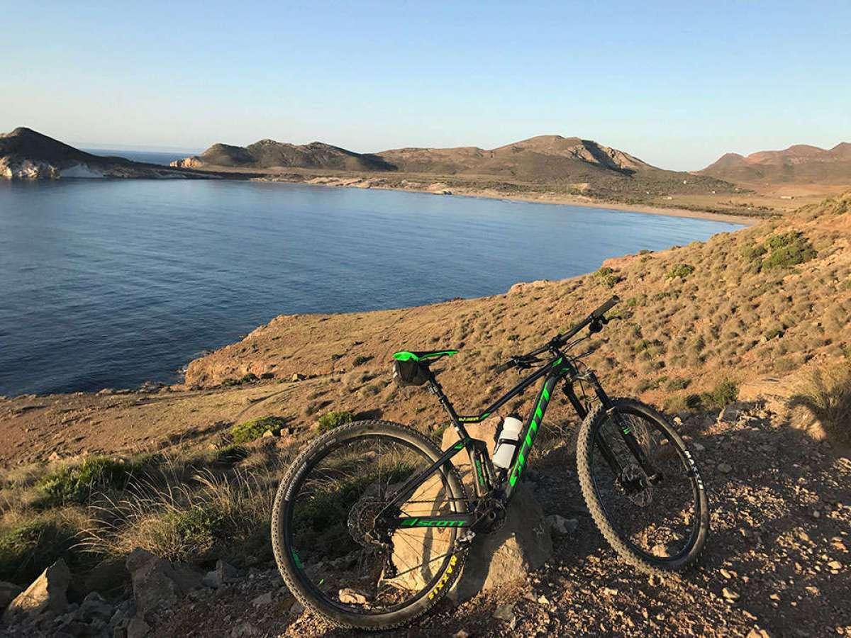 """La foto del día en TodoMountainBike: """"Playa de los Genoveses"""""""