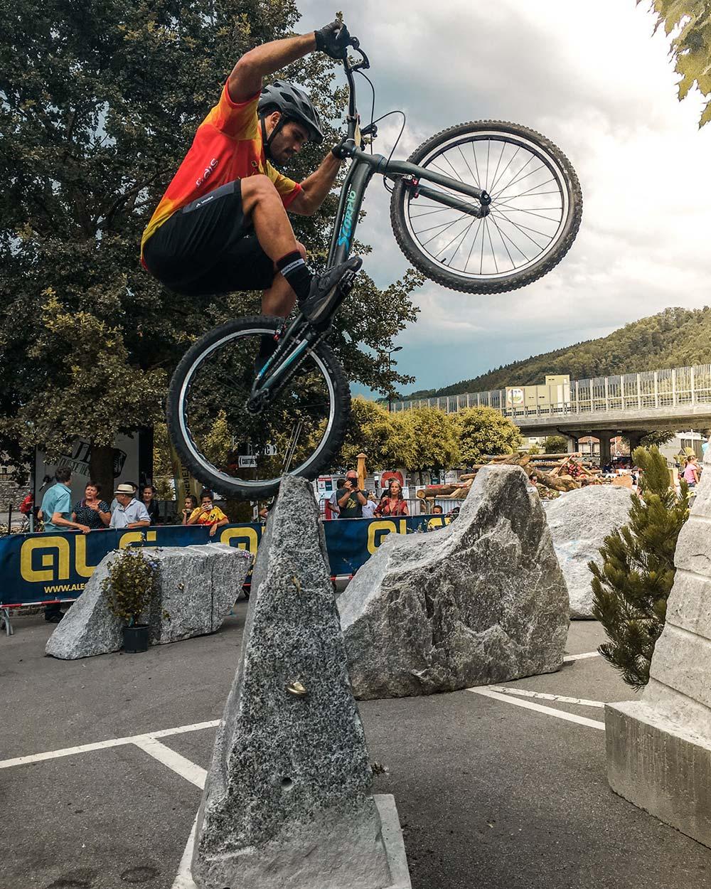 En TodoMountainBike: Pol Tarrés se lleva la medalla de bronce en el Campeonato de Europa de Trial UCI 2018