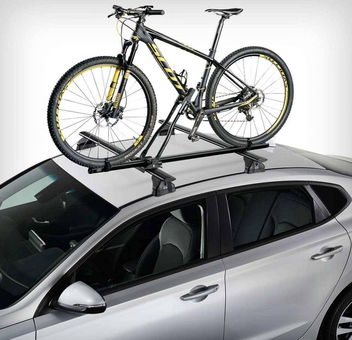 Más opciones para llevar la bici en el techo del coche: portabicicletas Cruz Race Dark y portarruedas Cruz Roof Wheel