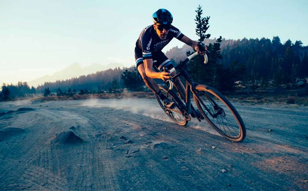 En TodoMountainBike: La Giant Revolt Advanced de 2019 en acción