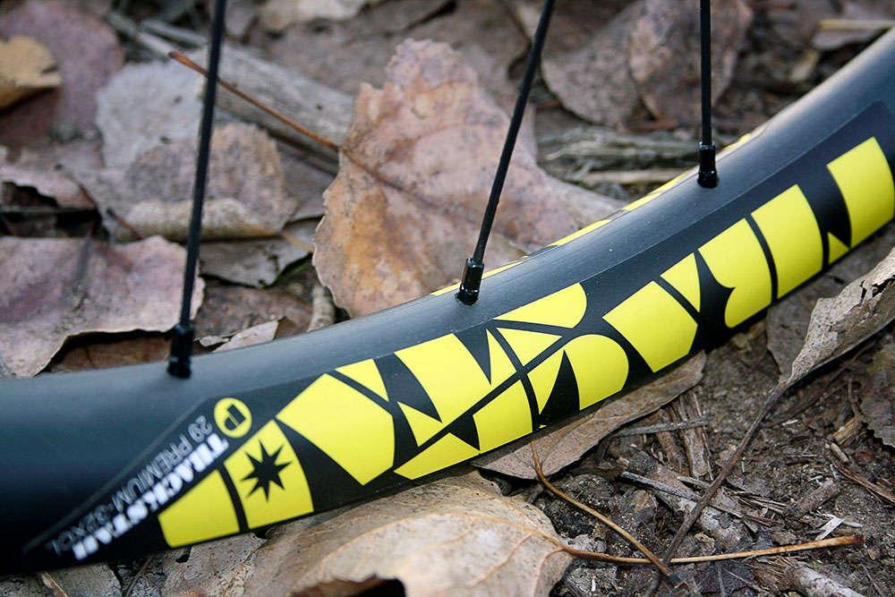 En TodoMountainBike: A prueba: Ruedas de carbono Trackstar 29 Premium 32-XCL