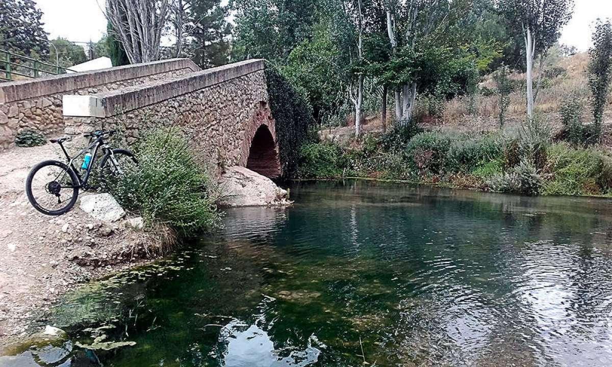 En TodoMountainBike: La foto del día en TodoMountainBike: 'Puente romano de Riofrío'