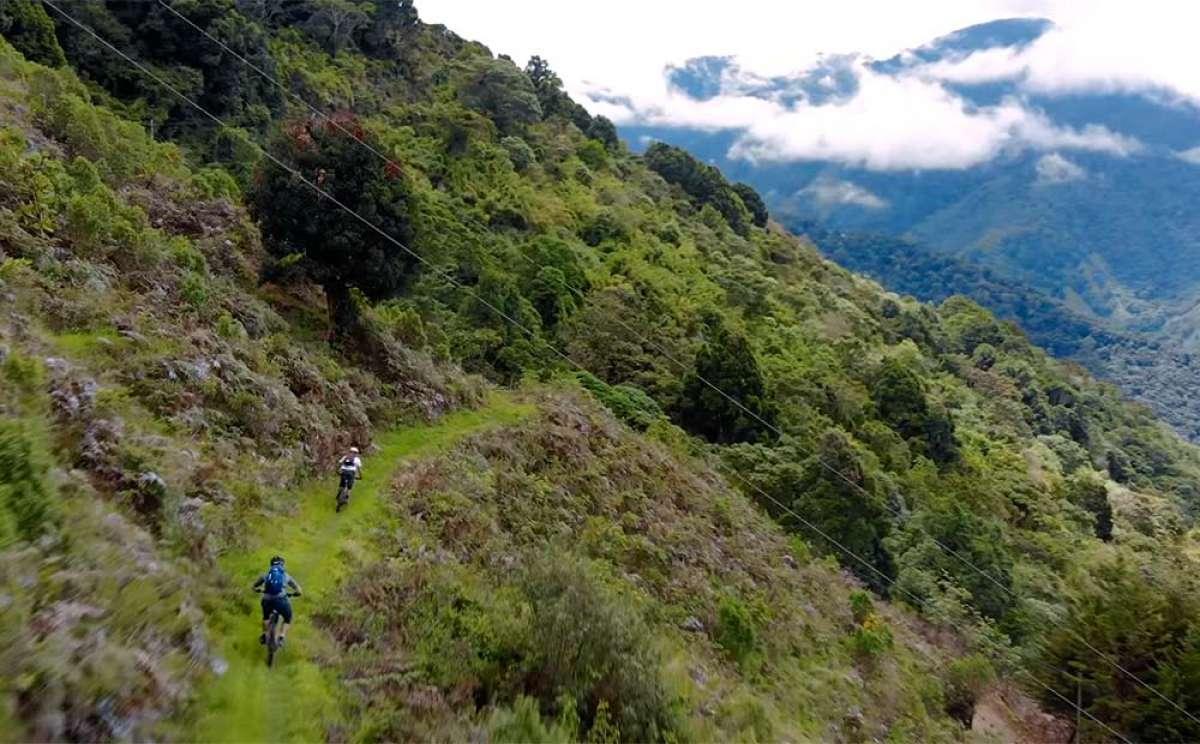 ¿Qué es Pura Vida? Mountain Bike en Costa Rica con Jeff Kendall-Weed