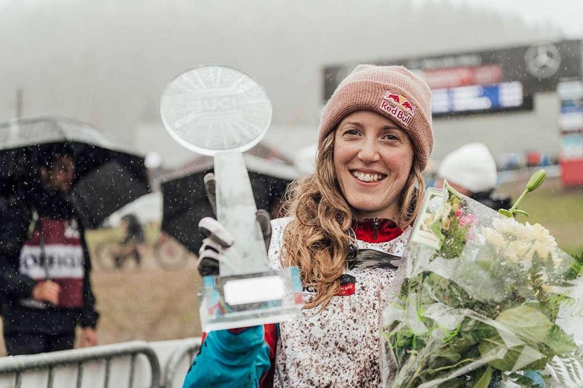 Rachel Atherton no perdona en La Bresse y se proclama campeona de la Copa del Mundo DHI 2018