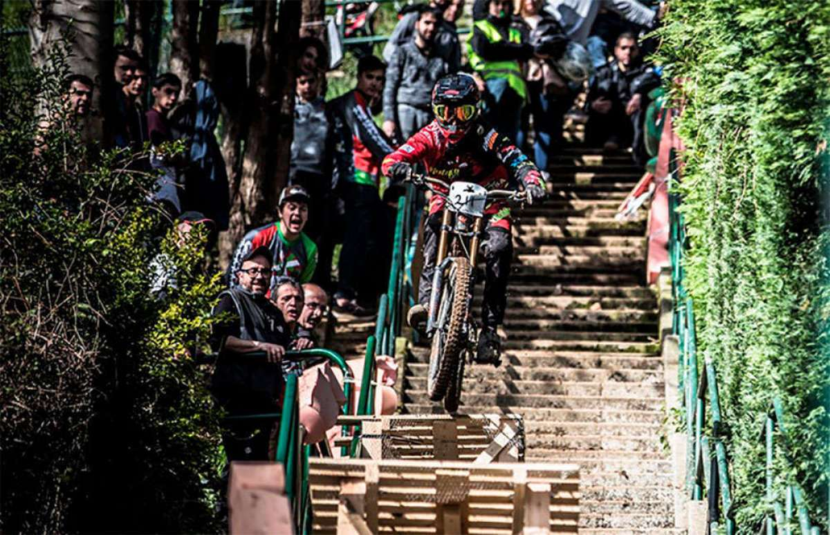 Iraitz Etxebarria y Andrea Farias dominan la Bilbao Downhill 2018
