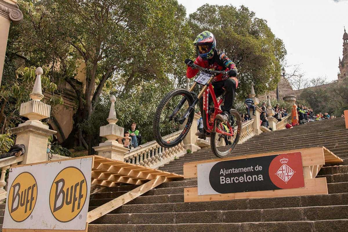 En TodoMountainBike: Jordi Simó se lleva el Buff Down Urban Barcelona 2018