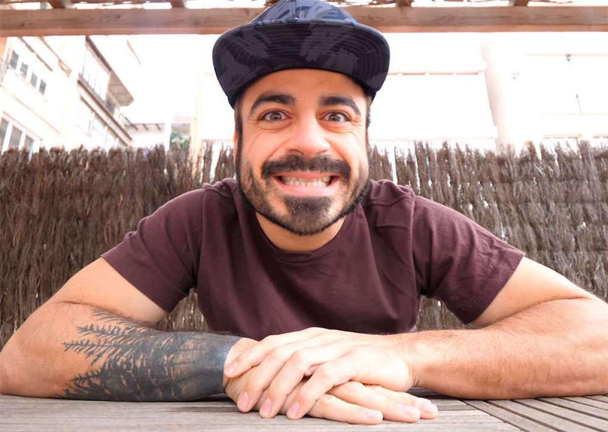 """El loco reto del """"youtuber"""" Valentí Sanjuan: 24 horas de rodillo, en directo"""
