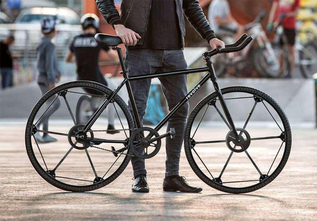 Revolve Wheel, un novedoso concepto de rueda sólida plegable para revolucionar la movilidad urbana