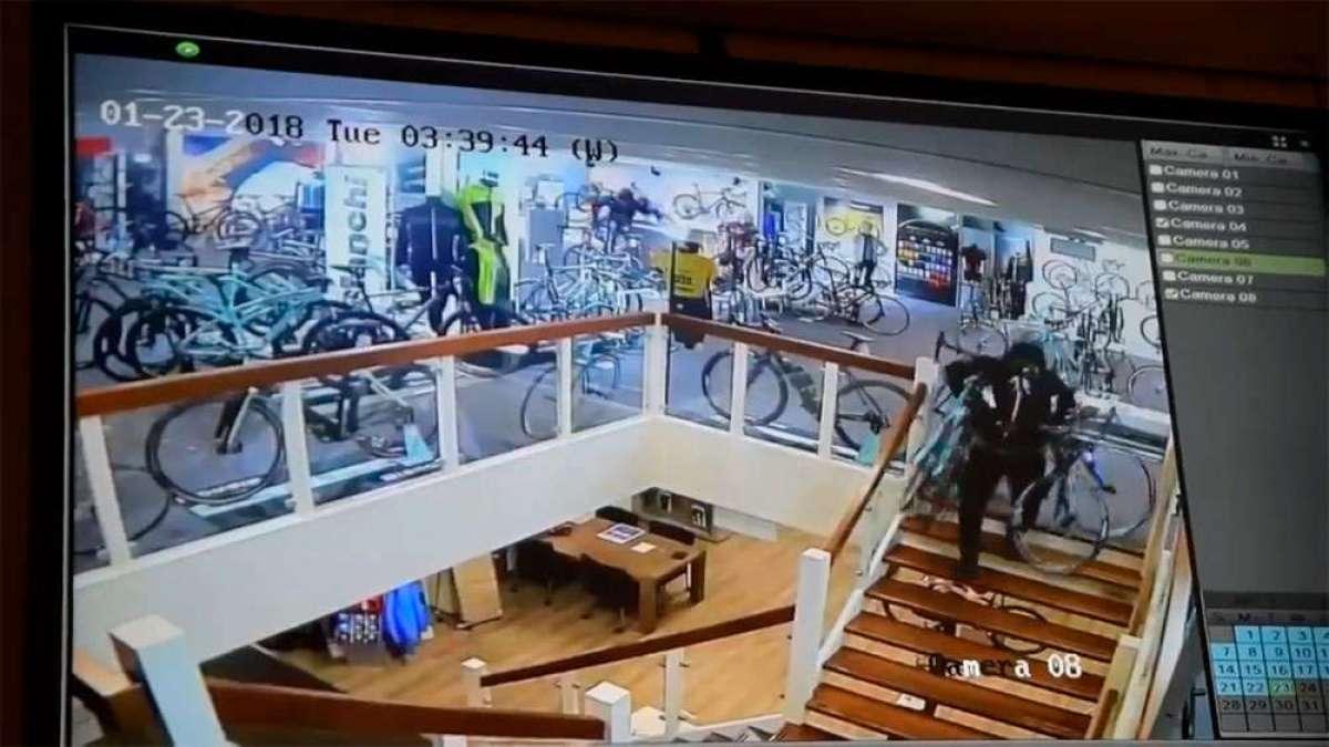 ¿Cómo se roban 100.000 euros en una tienda de bicicletas? En tres minutos, y a manos llenas