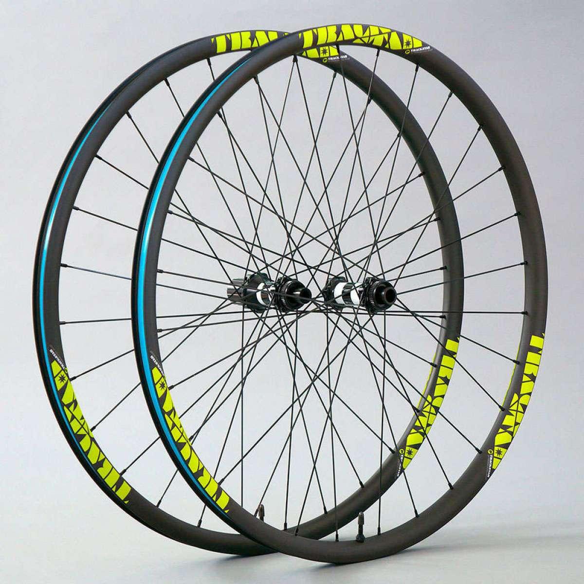 En TodoMountainBike: Trackstar lanza al mercado las Premium Ultralight XC, unas ruedas de carbono de 1.200 gramos por juego