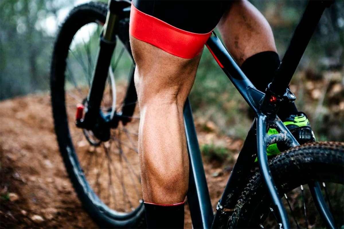 Seis ejercicios para entrenar las piernas por completo con ayuda del peso corporal