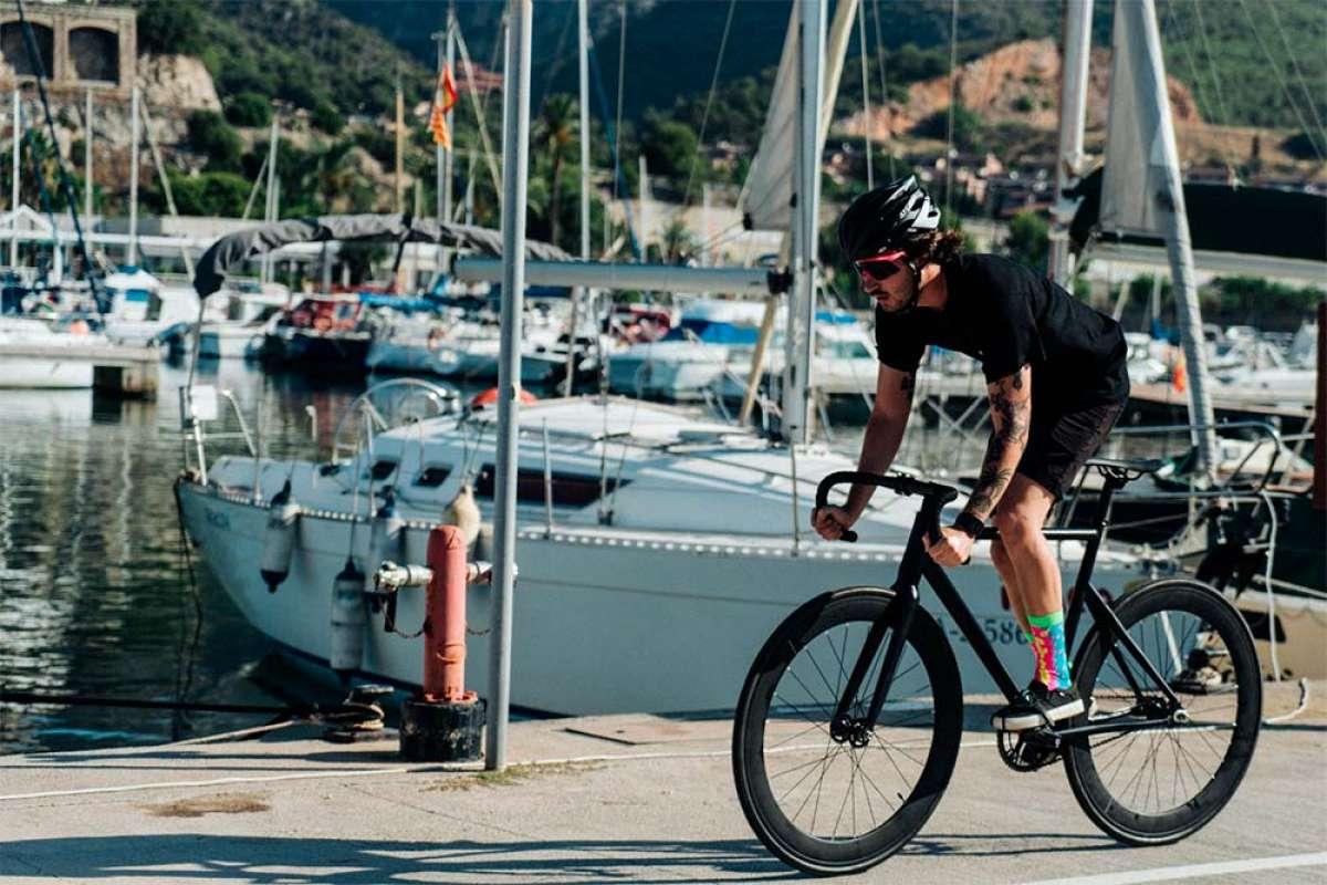Santafixie Raval, la bici perfecta para el padre deportista, la madre cosmopolita o el adolescente que pasa de coche