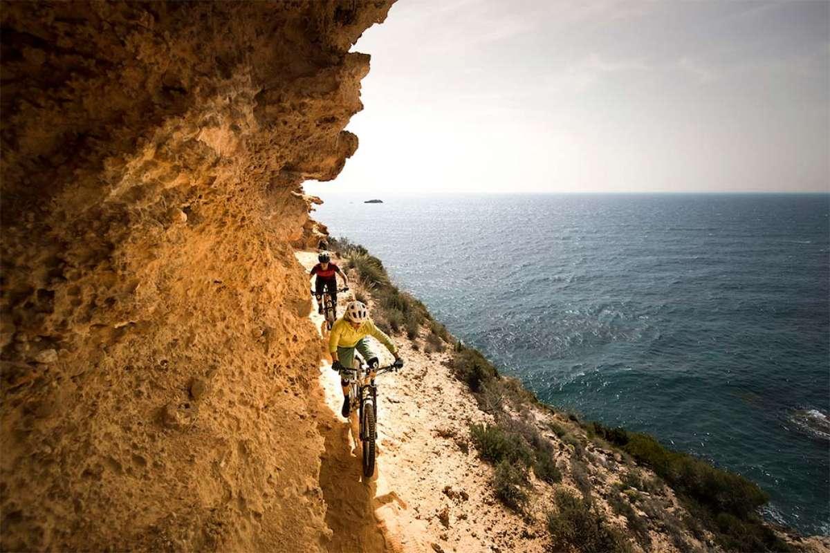 Descubriendo la otra cara de Ibiza con Monet Adams y Lorraine Blancher