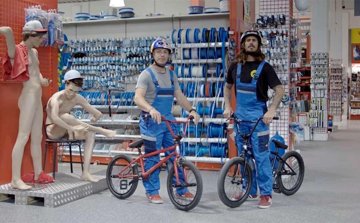 Divertida sesión de BMX en un centro comercial de bricolaje con Corey Bohan y Senad Grosic