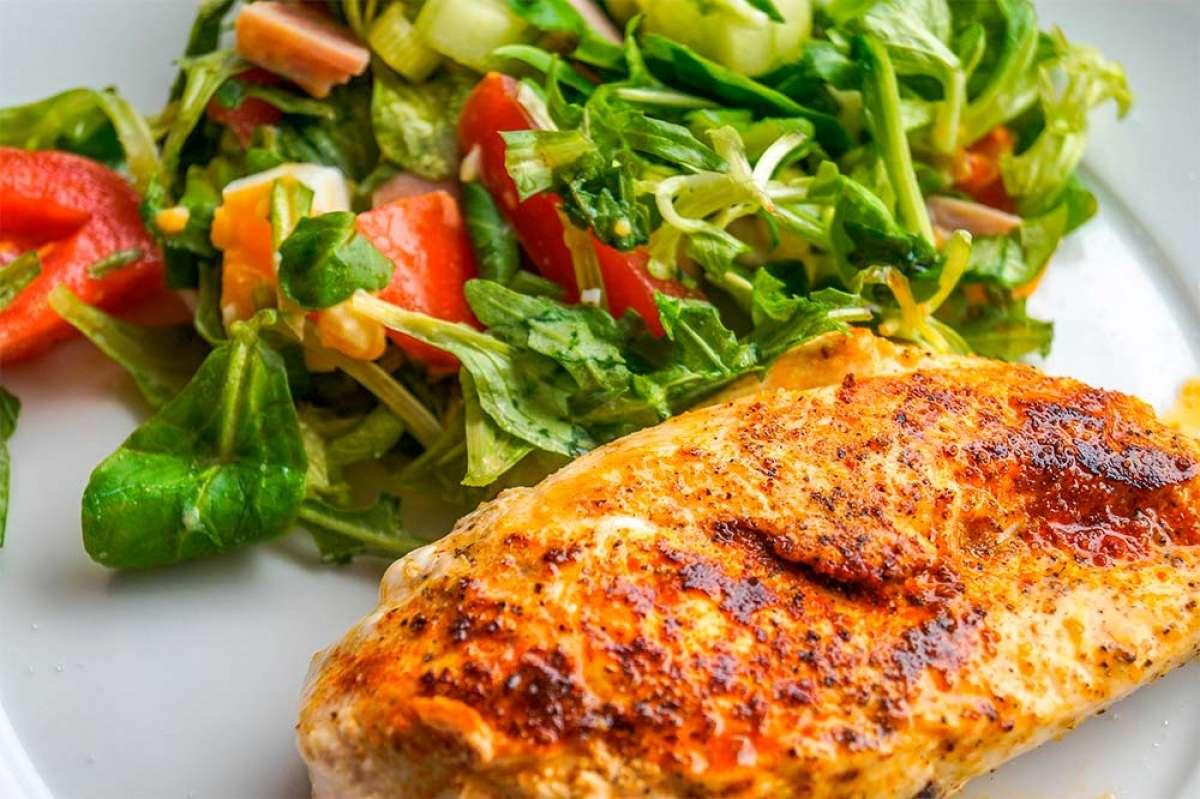 Siete alimentos ricos en proteínas que no pueden faltar en la dieta de un ciclista